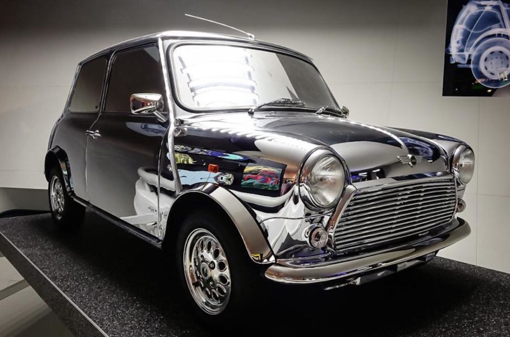 David-Bowie-Mini-Cooper